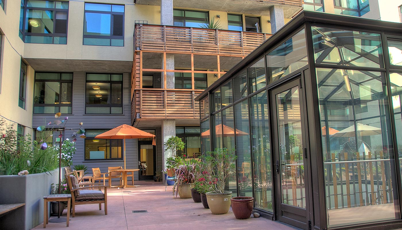 Bay-Side-Park-assisted-Living-Emeryville