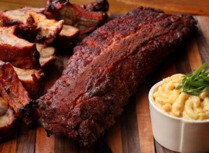 pork ribs & mac n cheese