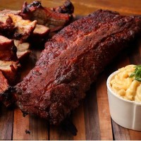 pork-ribs-mac-n-cheese